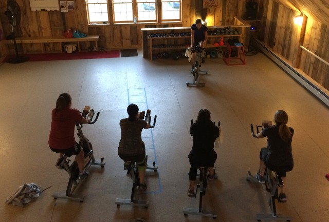 StoreyFIT spin class